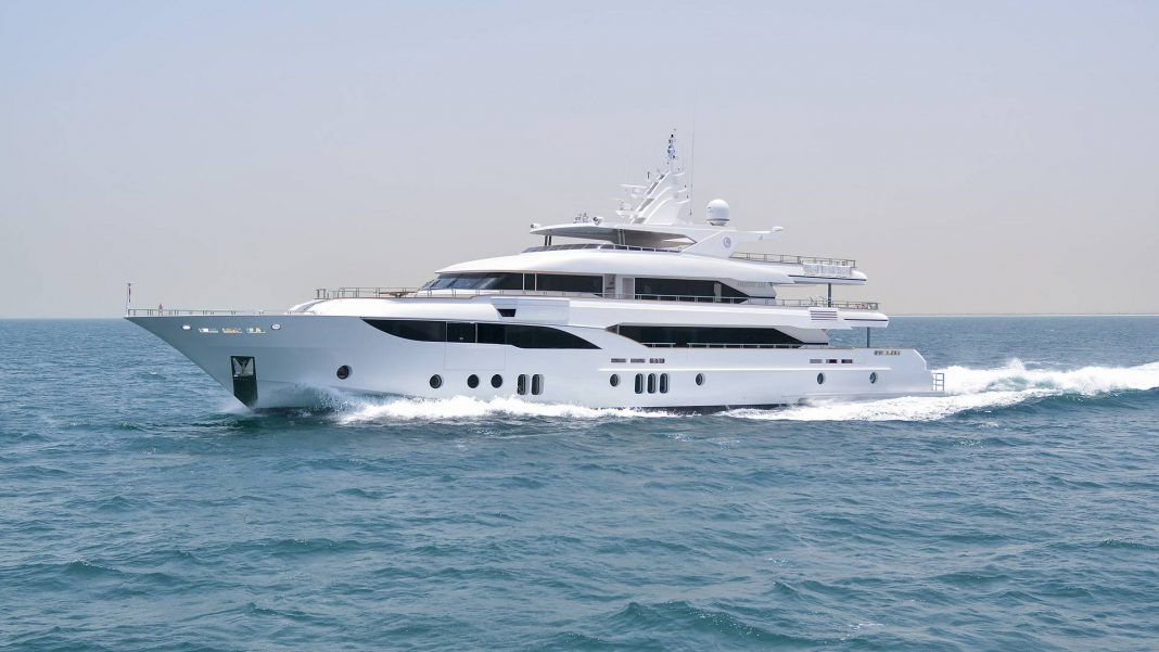 Majesty 155 Superyacht