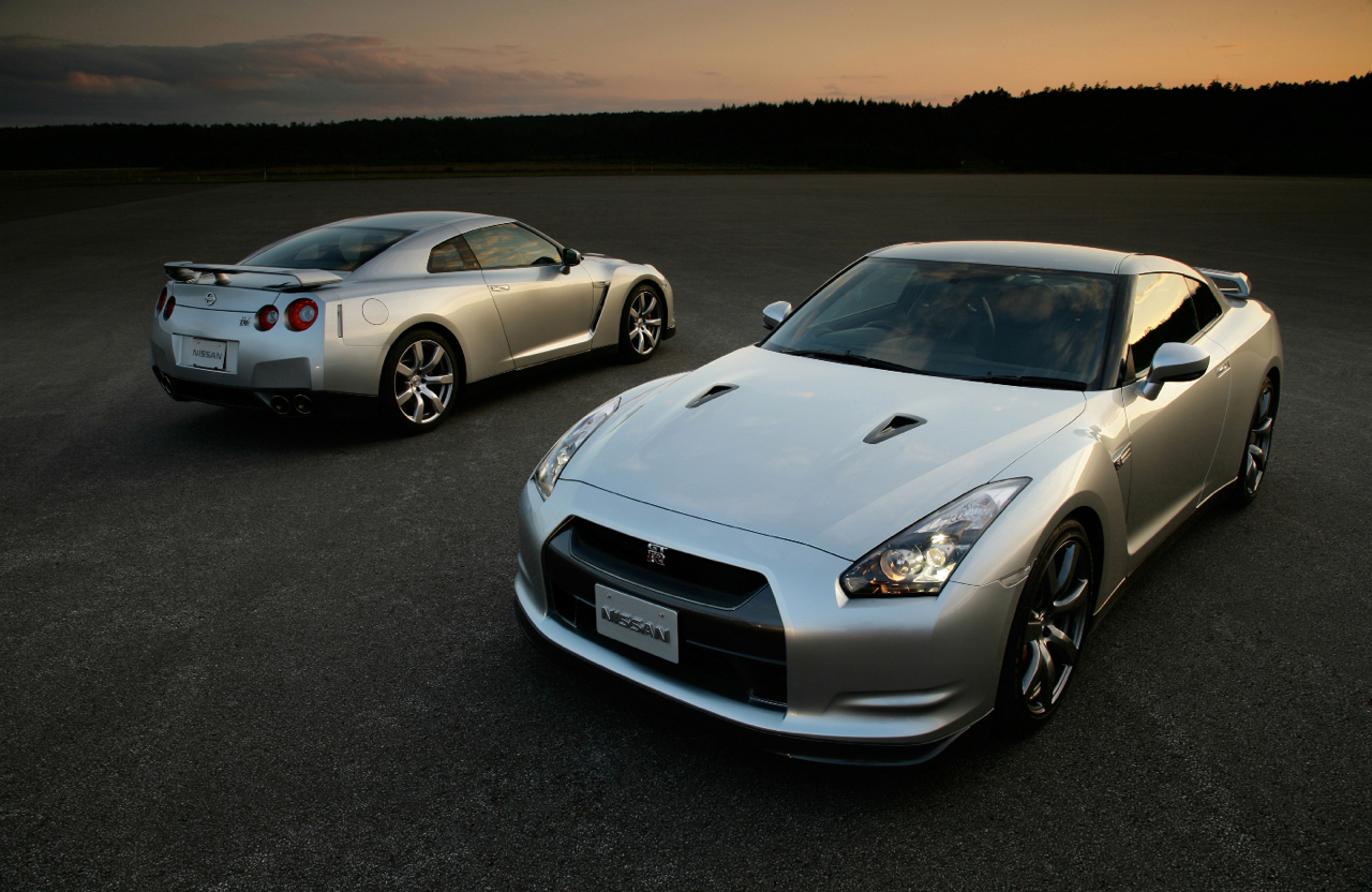 Nissan Plans to Build an All-Electric GT-R