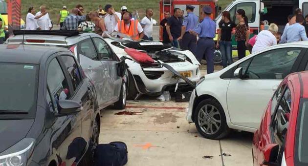 Paul Bailey Porsche 918 Spyder crash