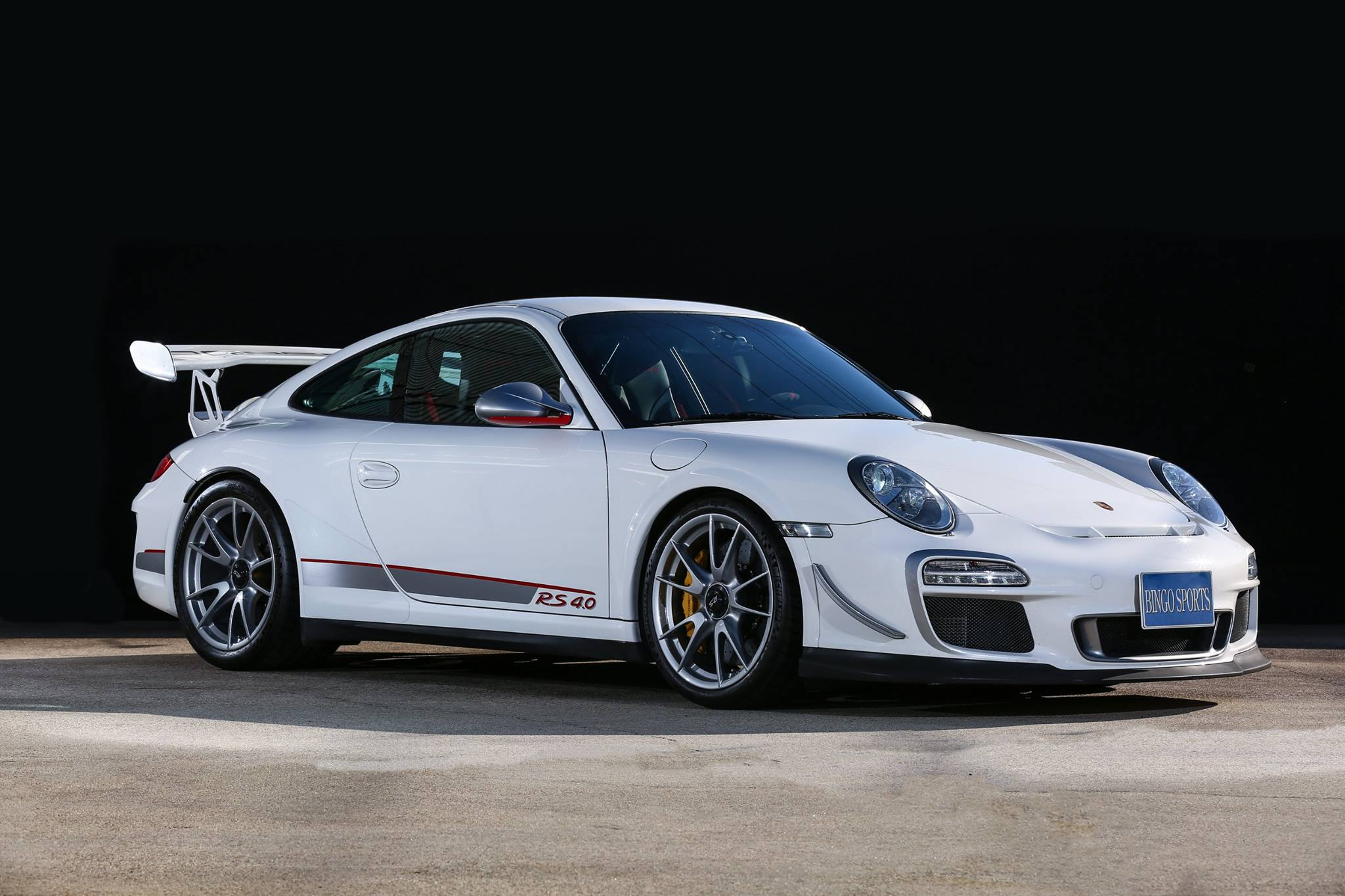 neat porsche 911 gt3 rs 4 0 for sale in japan gtspirit. Black Bedroom Furniture Sets. Home Design Ideas