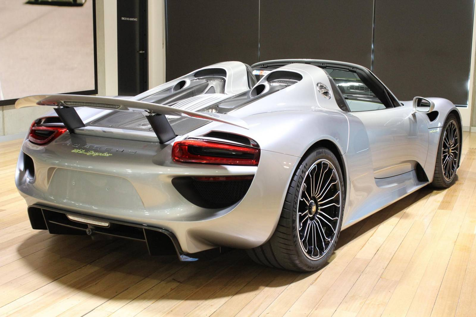 Carbon Fibre Car Wheels >> Silver Porsche 918 Spyder For Sale in Australia - GTspirit