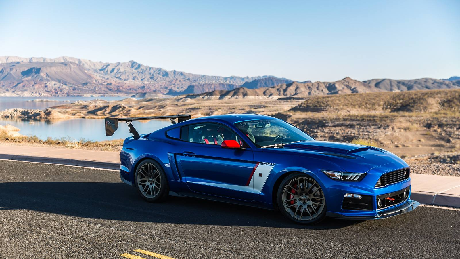 roush reveals 850hp ford mustang for sema 2015 gtspirit. Black Bedroom Furniture Sets. Home Design Ideas