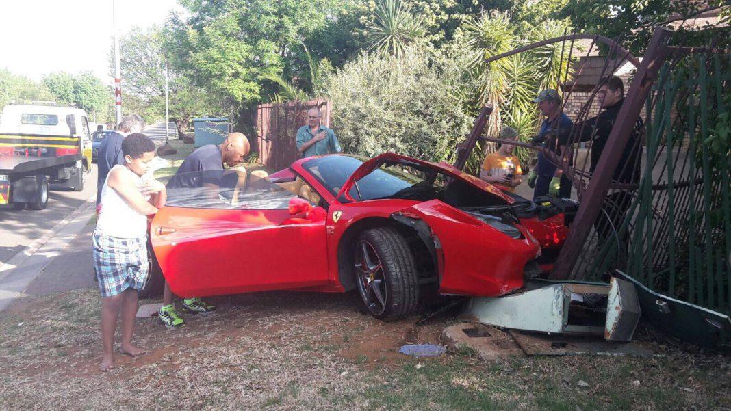 Ferrari 458 Spider crashes in South Africa