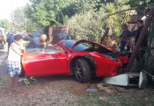 Ferrari 458 Spider crashes in South Africa