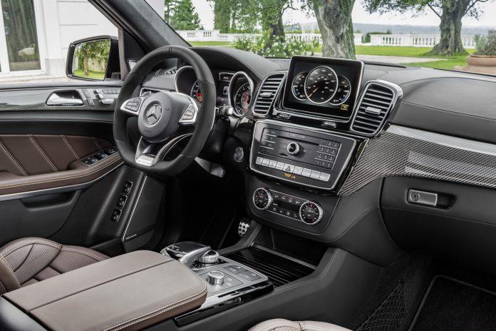 2016 Mercedes-Benz GLS interior
