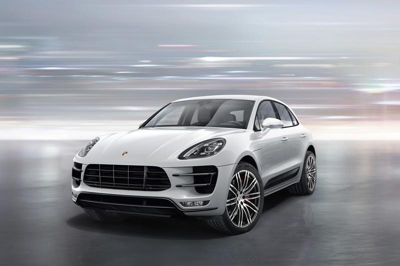2016 Porsche Macan front