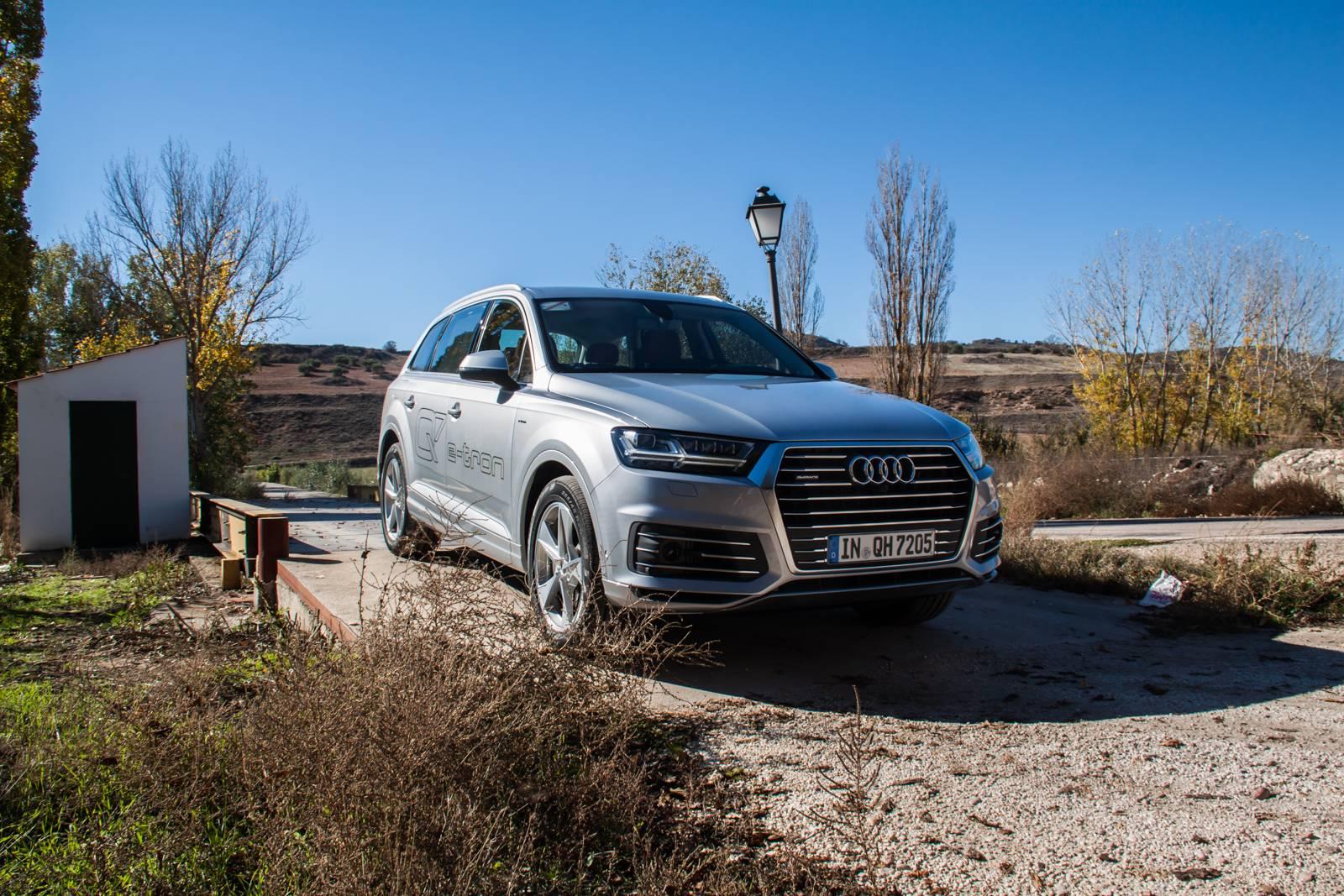Audi Q7 e-tron quattro MY2016