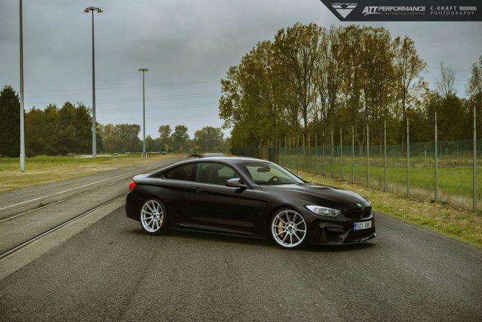 BMW M4 black