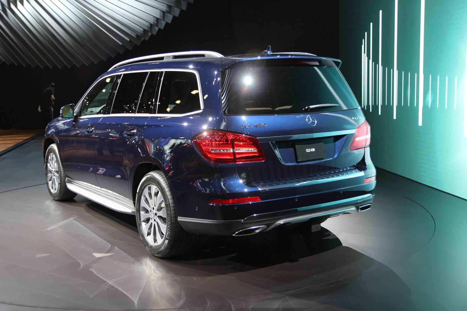 2017 Mercedes-Benz GLS rear