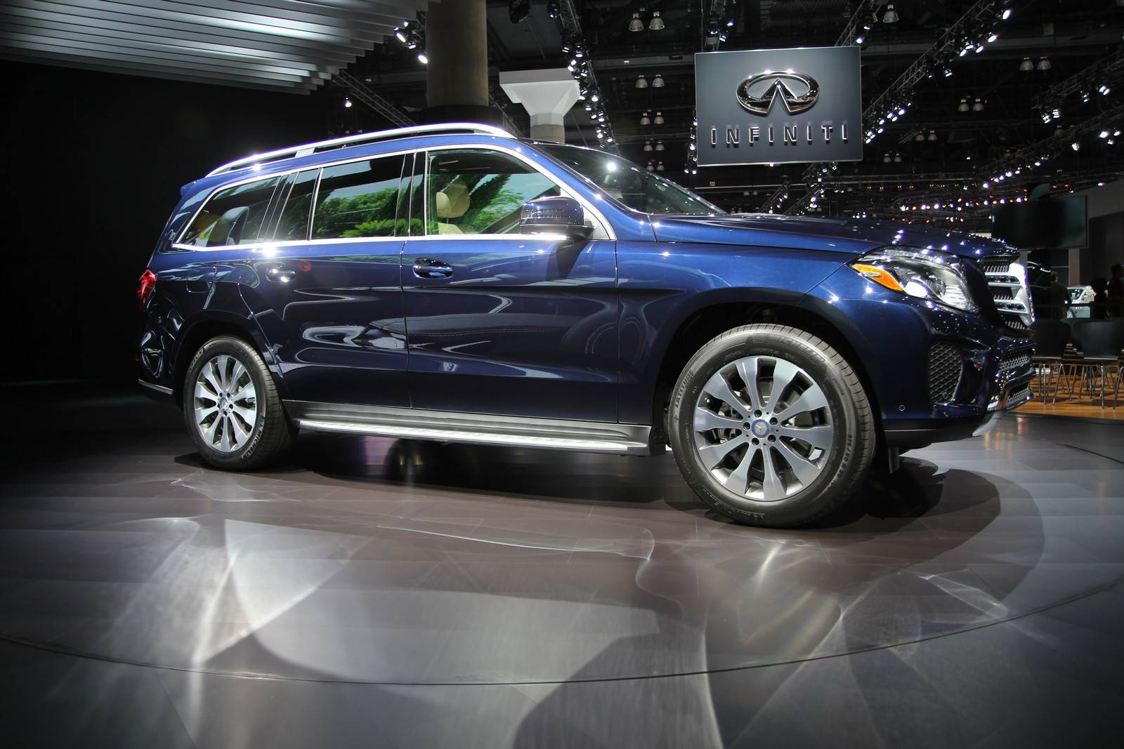 los angeles 2015 mercedes benz gls gtspirit. Cars Review. Best American Auto & Cars Review
