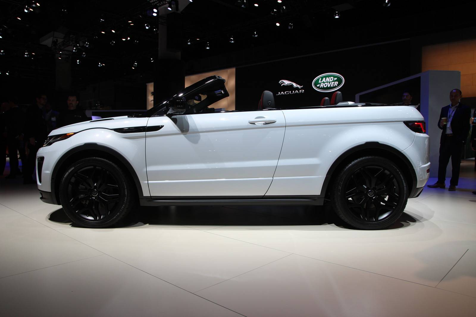 Range Rover Evoque Convertible side view