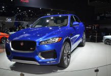 Jaguar F-PACE blue