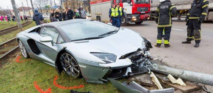 Lamborghini Aventador crash in Estonia