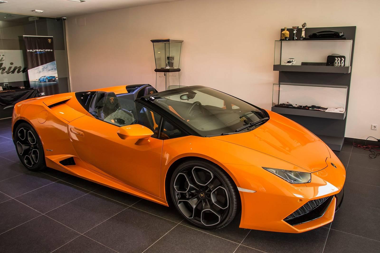 Lamborghini Aventador Spyder >> Orange Lamborghini Huracan Spyder Displayed in Madrid - GTspirit