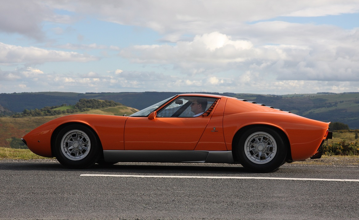 The Quot Italian Job Quot Lamborghini Miura For Sale In The Uk