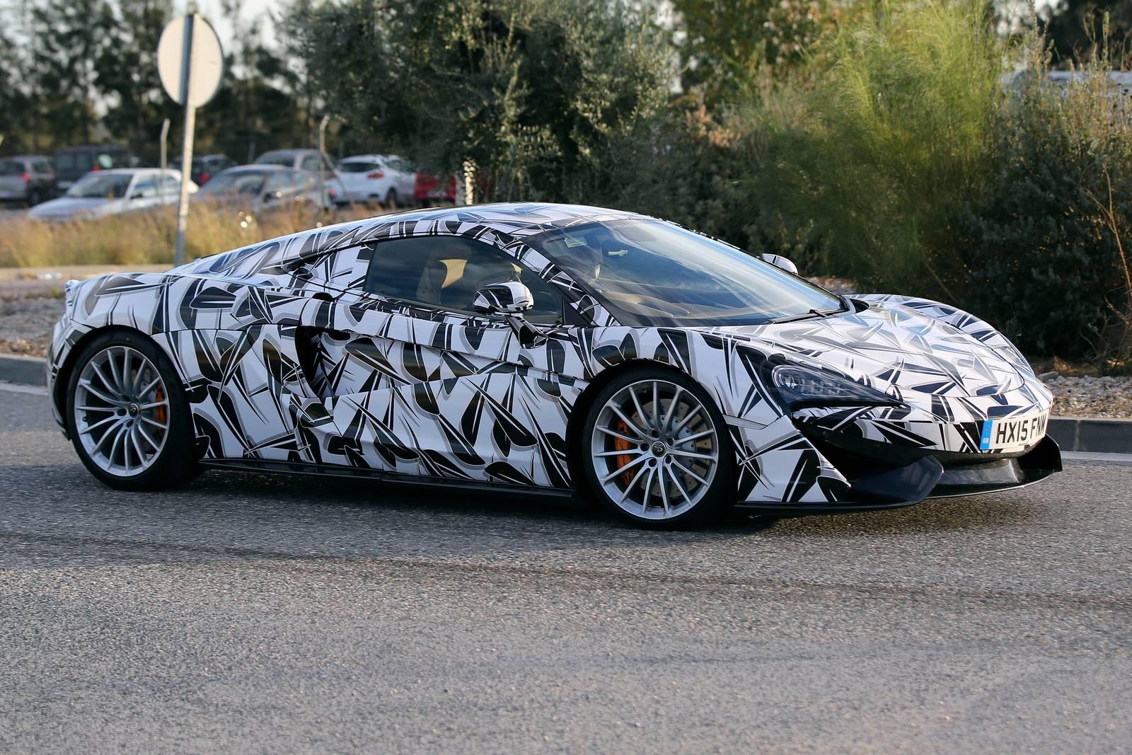 McLaren 570 GT spy shot