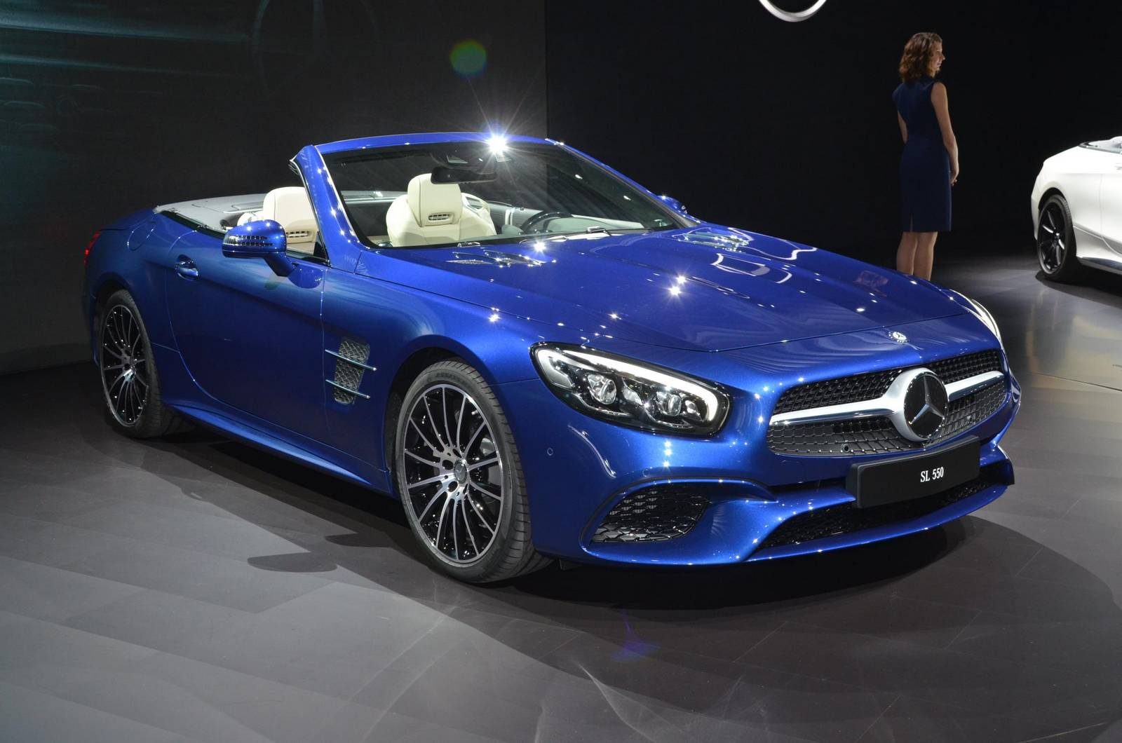 Los Angeles 2015: Mercedes-Benz SL - GTspirit