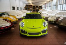 Porsche 911 GT3 RS by Porsche Exclusive