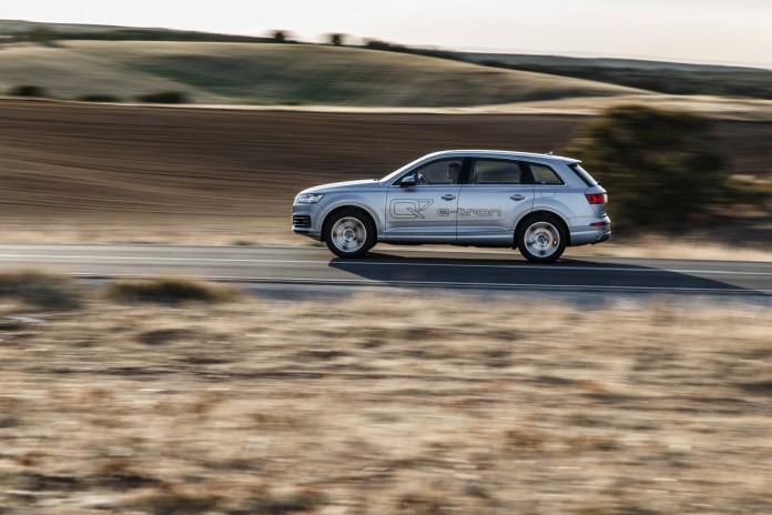 Q7 e-tron by Audi Press-12