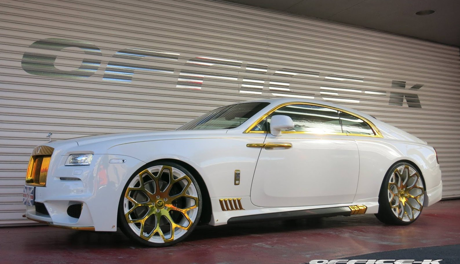 Gold Rolls Royce >> Office K Reveals White And Gold Rolls Royce Wraith Gtspirit