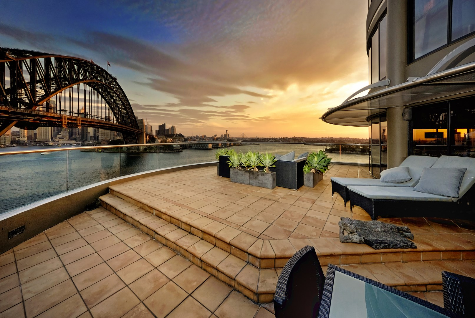 Incredible Apartment Overlooking Sydney Harbour For Sale ...