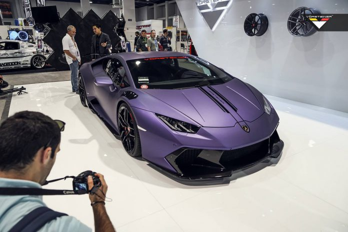 Purple Vorsteiner :Lamborghini Huracan