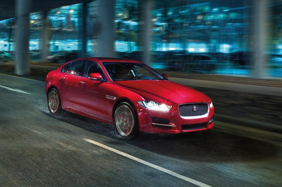 2016 Jaguar XE front