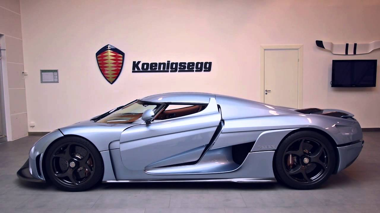 video koenigsegg 39 s reveals the regera 39 s advanced 39 autoskin 39 gtspirit. Black Bedroom Furniture Sets. Home Design Ideas