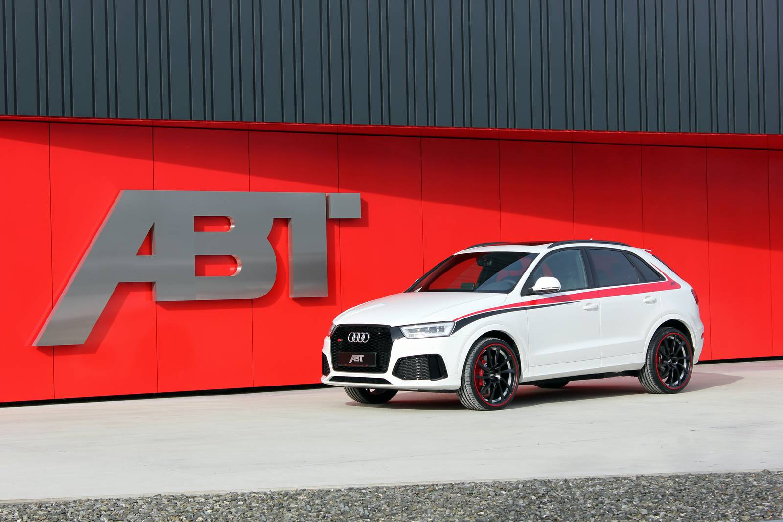 official abt audi rs q3 with 410hp gtspirit. Black Bedroom Furniture Sets. Home Design Ideas
