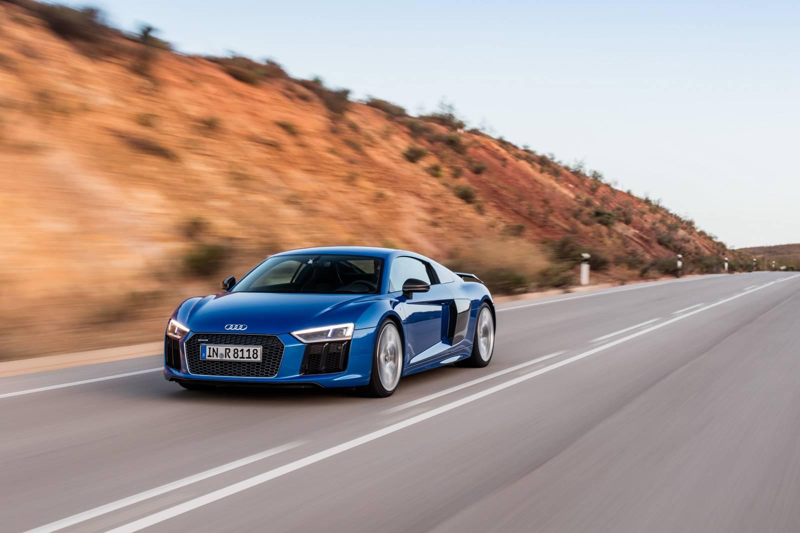 Ara Blue Audi R8 V10 Plus