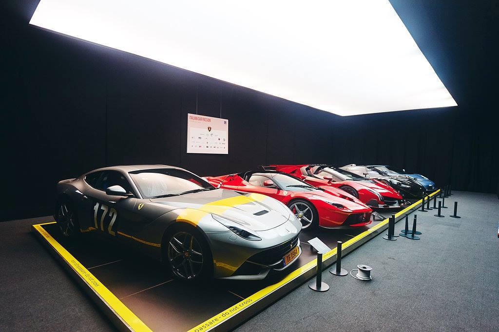 Autoworld Brussels Ferrari, Veneno, Maserati