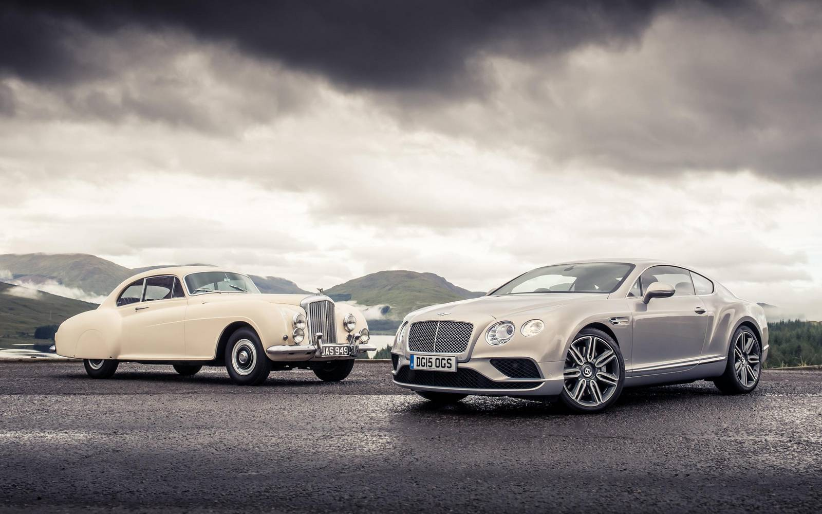 Bentley Continental GT and R-Type