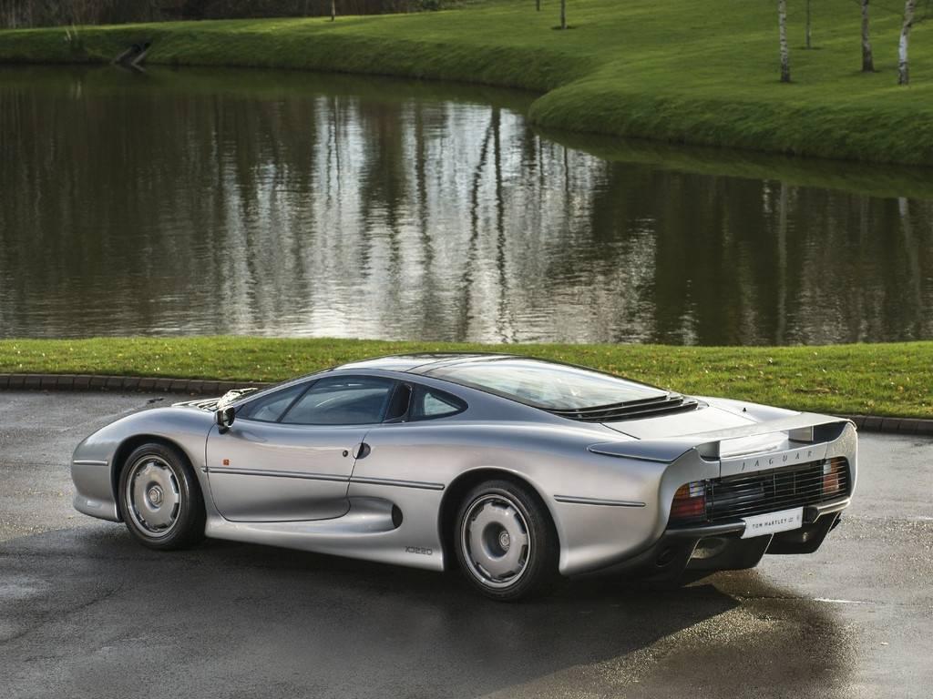 Jaguar Xj220 For Sale >> 1 Of Only 69 Rhd Jaguar Xj220 For Sale At 492k Gtspirit