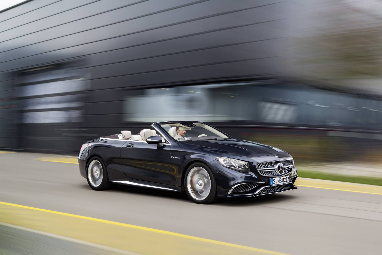 Official 2016 Mercedes Amg S65 Cabriolet