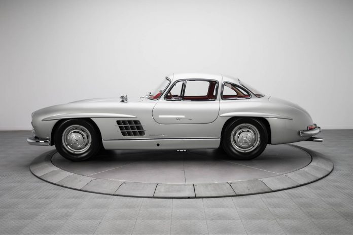 Mercedes-Benz 300 SL (7)