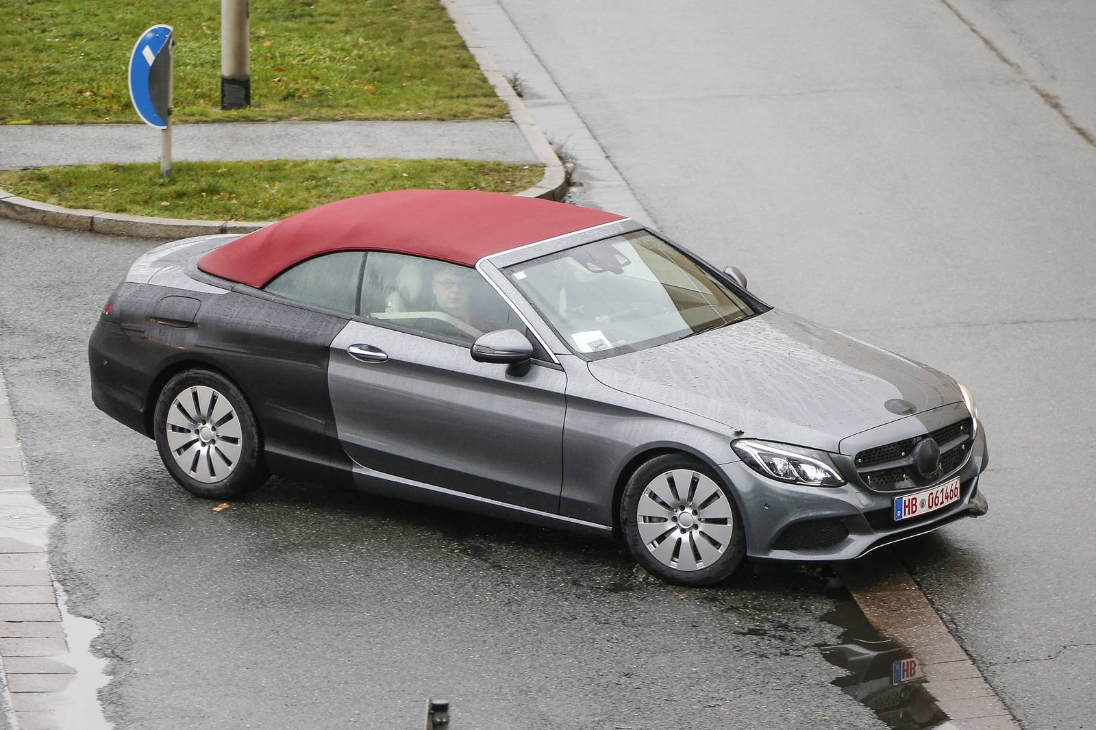 2017 mercedes benz c class cabriolet spy shots with top for Mercedes benz c class convertible