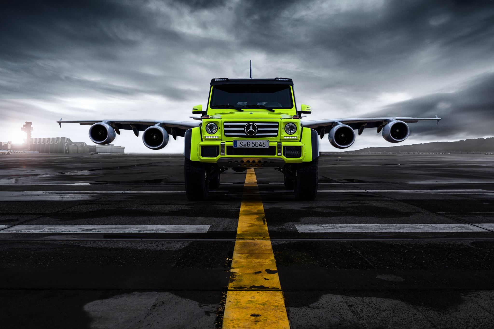 Photo of the day mercedes benz g 500 4x4 and airbus a for Mercedes benz g 500
