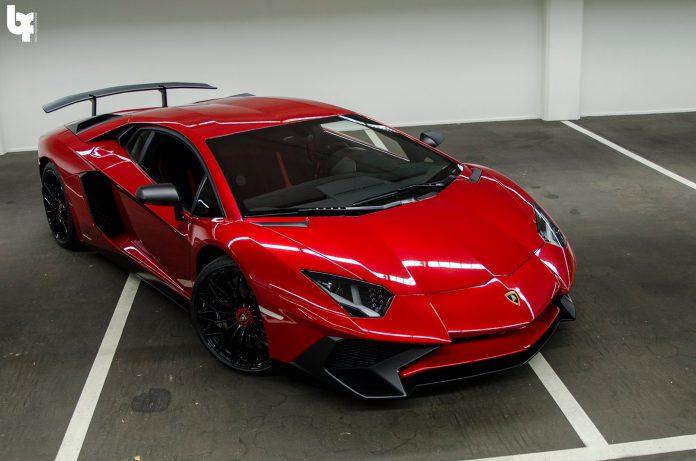 Rosso Bia Lamborghini Aventador SV