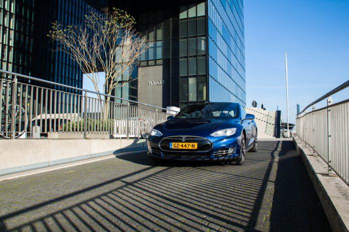 Blue Tesla Model S P90D
