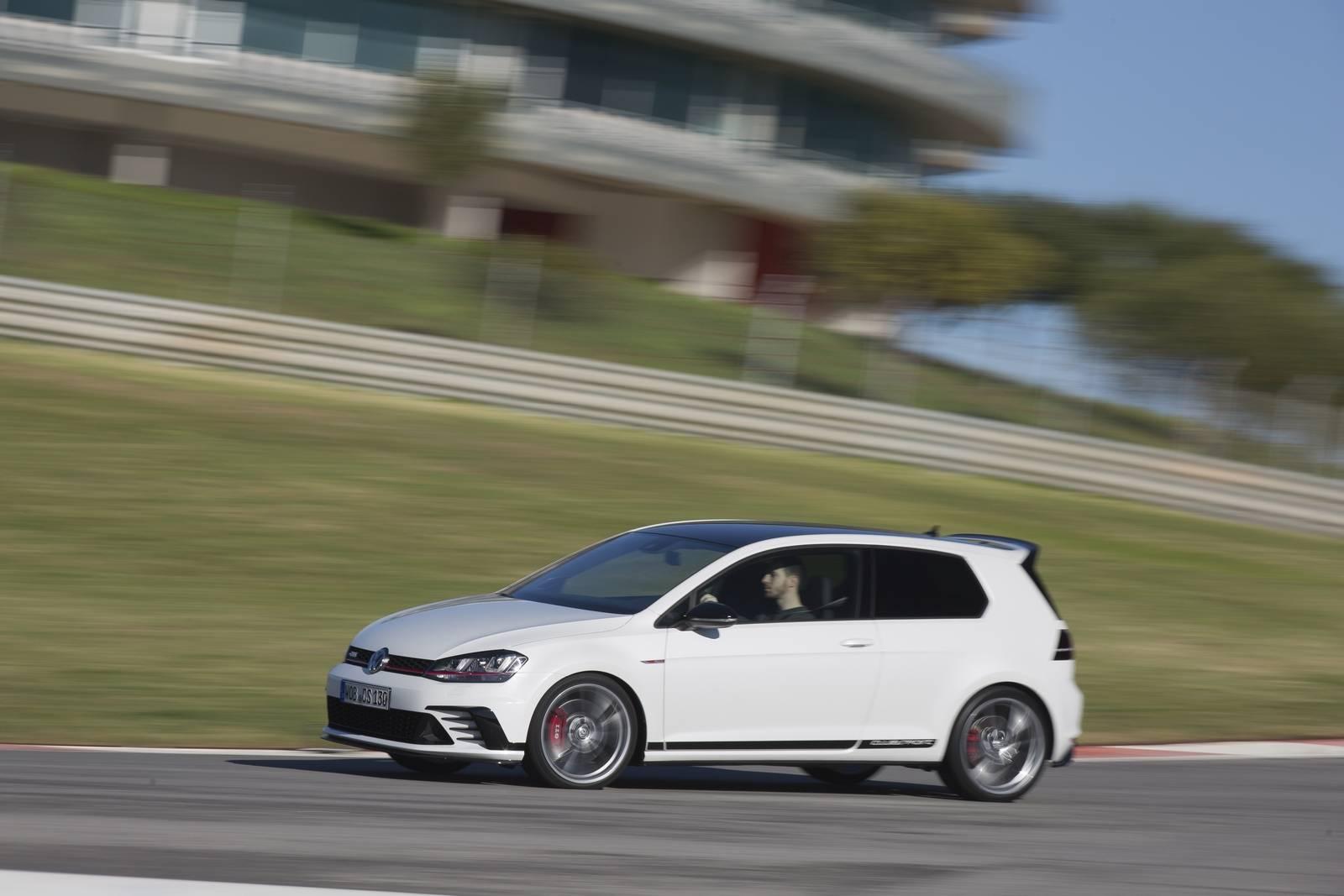 VW Golf GTI Clubsport track