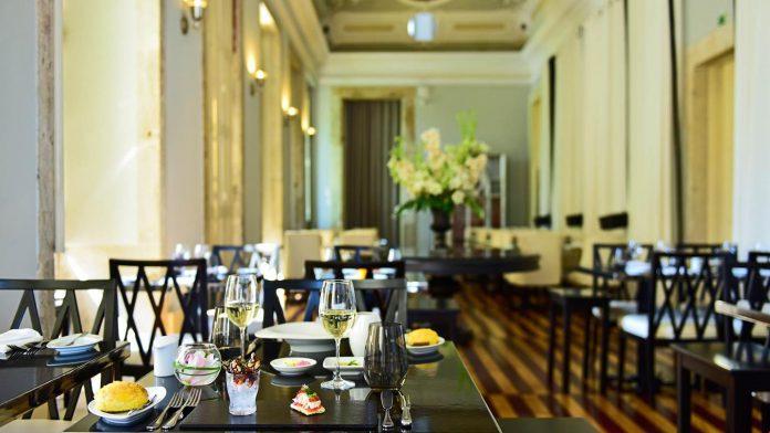 pestana-palacio-freixo-restaurante-1-635721422567740617