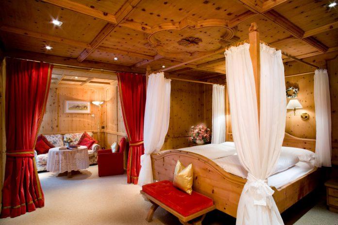 Hotel Sassongher Corvara