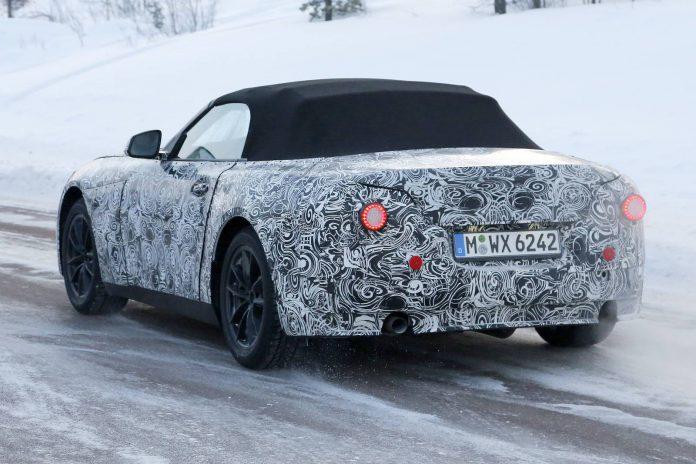BMW Z5 Roadster Spy Shot