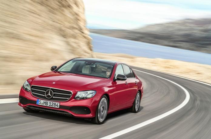 2017 Mercedes-Benz E-Class Photos (21)