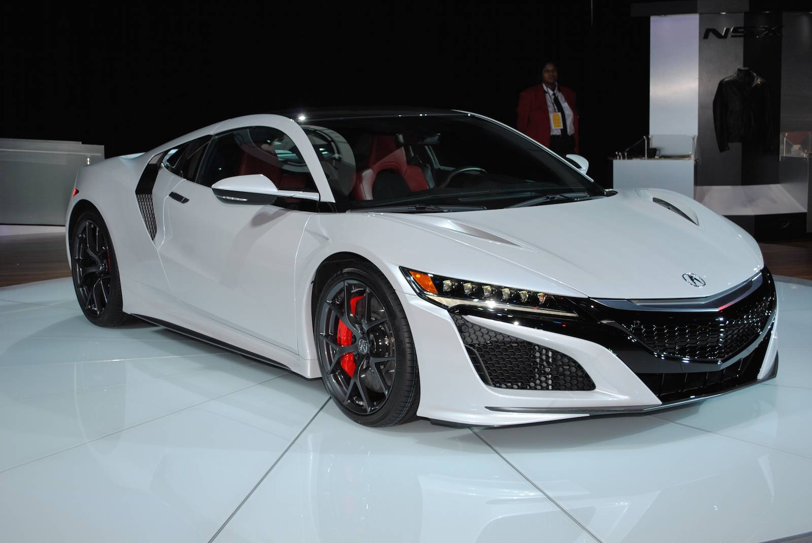 Detroit 2016 Acura Nsx on electric display motors