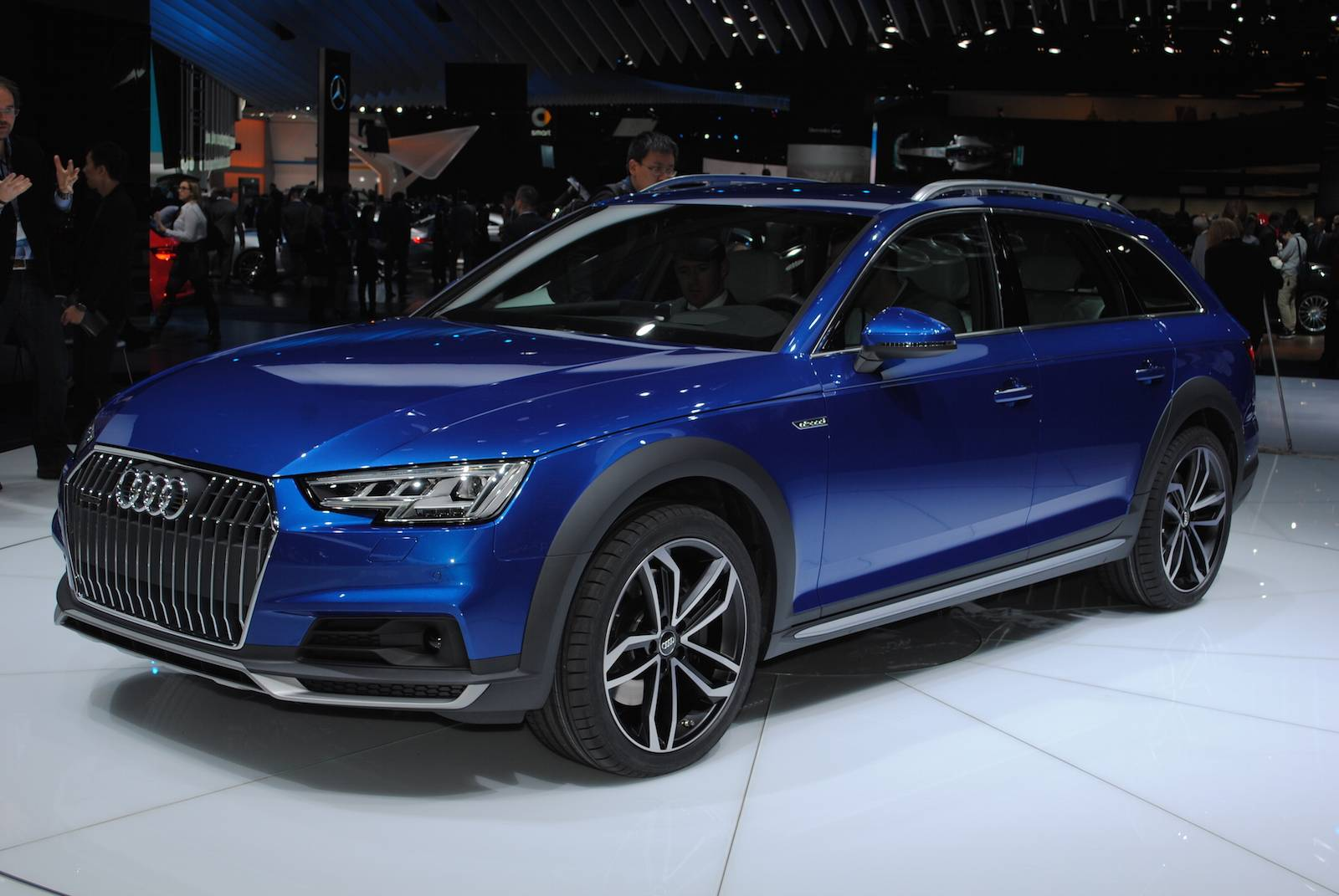 2016 Audi Allroad Blue 200 Interior And Exterior Images