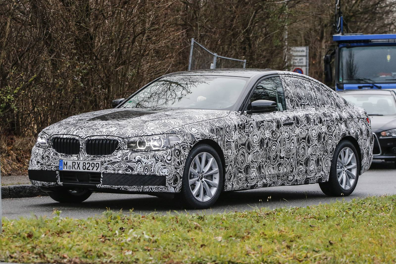 2017 bmw 5 series first spy shots gtspirit. Black Bedroom Furniture Sets. Home Design Ideas