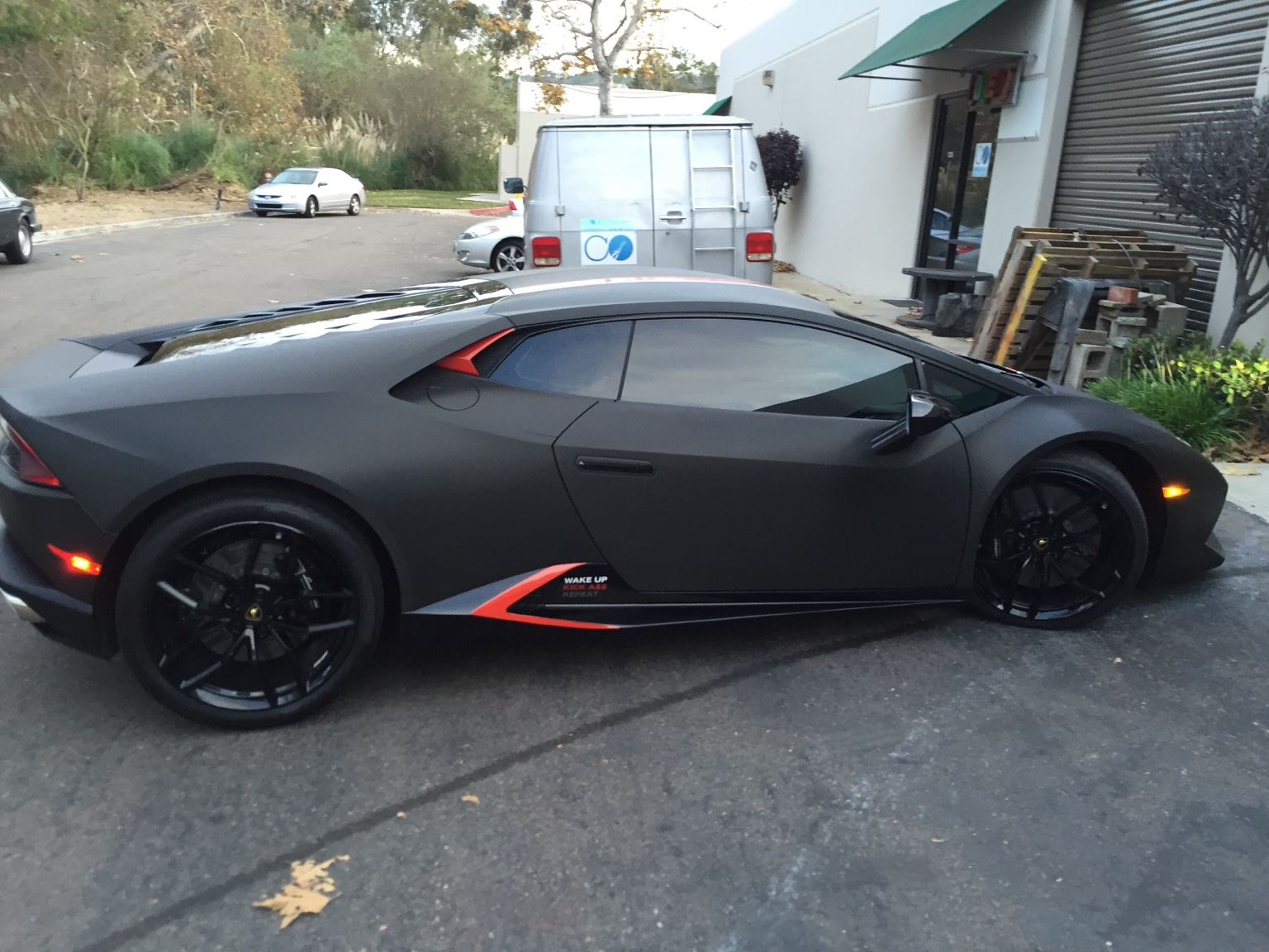 flooded lamborghini huracan in san diego gets new replacement gtspirit. Black Bedroom Furniture Sets. Home Design Ideas