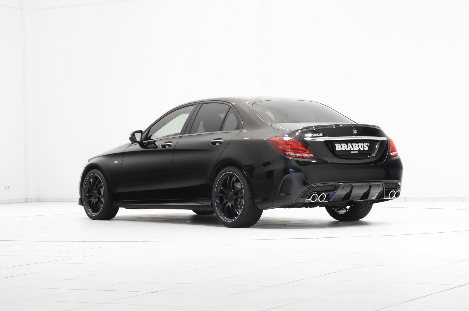 Official brabus mercedes benz c 450 amg sport gtspirit for Mercedes benz brabus amg