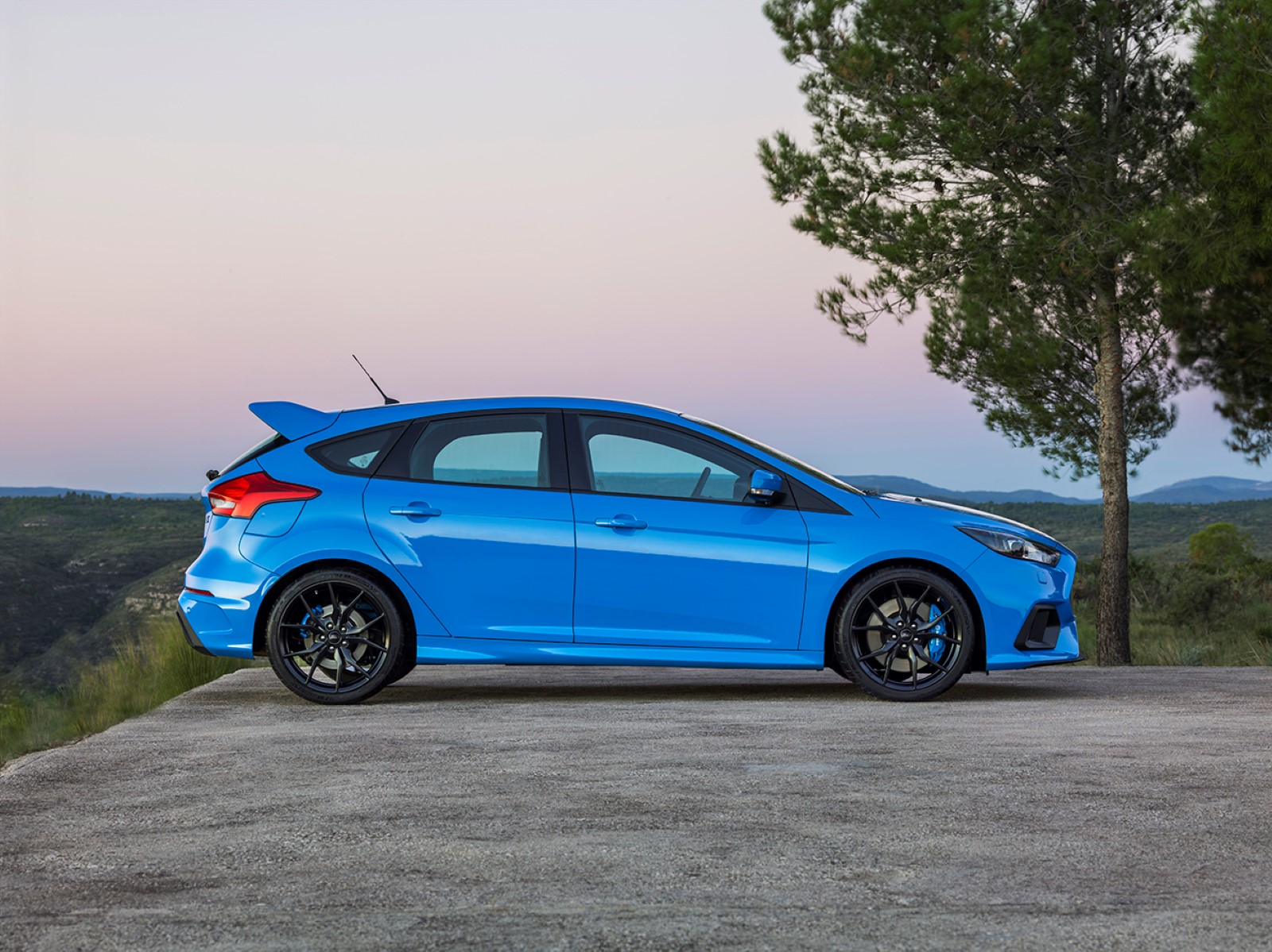 2016 ford focus rs review gtspirit. Black Bedroom Furniture Sets. Home Design Ideas